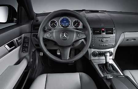 mercedesclasec-interior.jpg