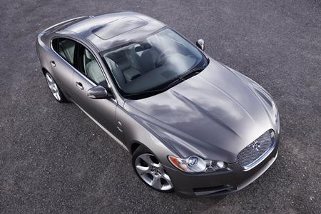 jaguar-xf-08.jpg